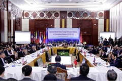 ASEAN, China enhance cooperation in response to COVID-19