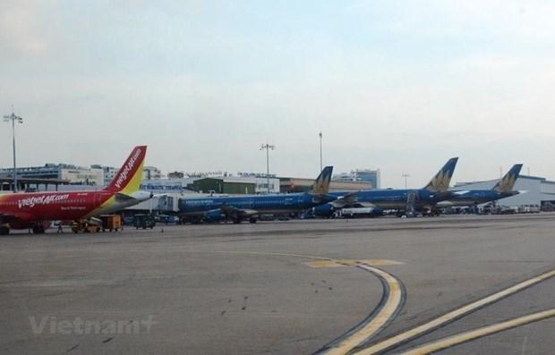 COVID-19: No ban on flights to RoK, Japan hinh anh 1