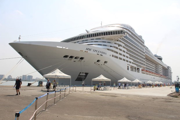 Panama's luxurious cruise ship anchors in Ba Ria-Vung Tau hinh anh 1
