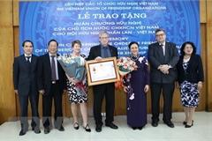 Friendship Order presented to Finland-Vietnam Friendship Association