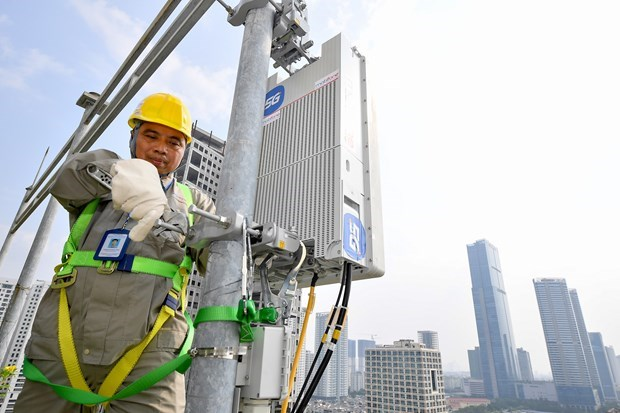 MobiFone ready to launch 5G service in major cities hinh anh 1