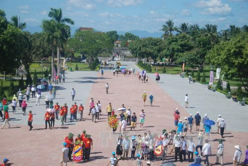 More localities temporarily close tourist sites to prevent COVID-19 spread hinh anh 1