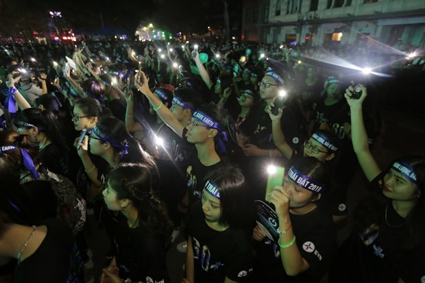 Earth Hour 2020 to raise public awareness of plastic waste hinh anh 1
