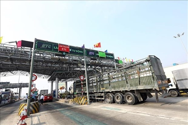 Non-stop toll collection on BOT highways likely to miss deadline hinh anh 1