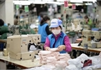 Dong Xuan knitting company aims to produce 60,000 face masks per day