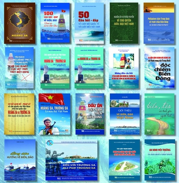 Books on Vietnam's sea, island sovereignty debut hinh anh 1