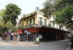 Hanoi orders closure of bars to stop COVID-19