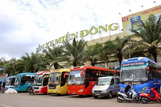 HCM City halts bus services from April 1 to help contain COVID-19 spread hinh anh 1