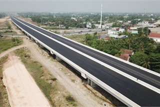 Deputy PM calls for setting up managing unit for delayed expressway project