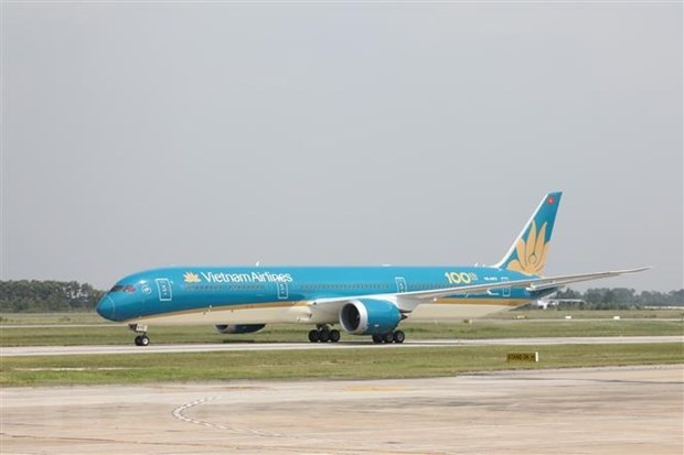 Vietnam Airlines increases cargo transport to ensure trade hinh anh 1