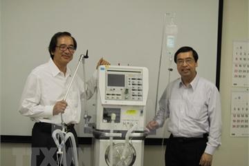 Japanese firm to make 15,000 ventilators to help Vietnam's COVID-19 response