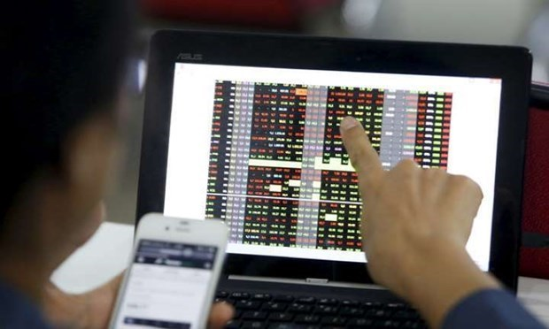 Market capitalisation of listed shares on HOSE drops in March hinh anh 1