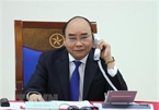 PM Nguyen Xuan Phuc discusses COVID-19 measures with Australian counterpart