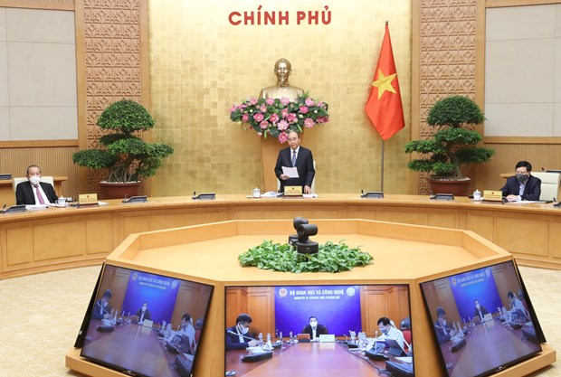 Government, localities seek ways to mitigate effects of COVID-19 hinh anh 1