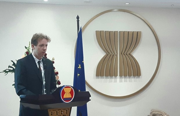 EU Ambassador voices concern over unilateral actions in East Sea hinh anh 1