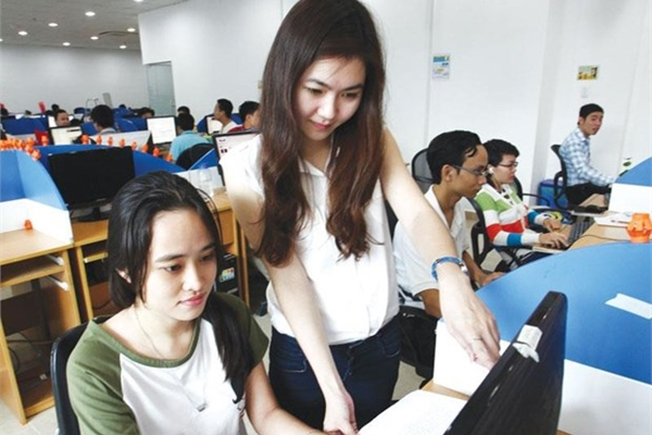 "IT engineer a ""hot"" job in Vietnam"