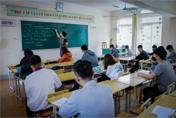 Students in nearly 30 localities in VN return to school after closure