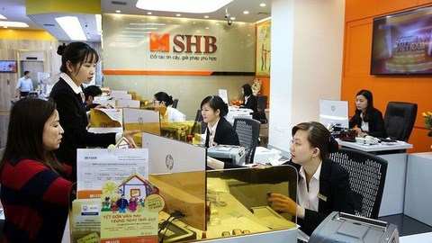 Moody's places five Vietnamese financial institutions on review for downgrade hinh anh 1