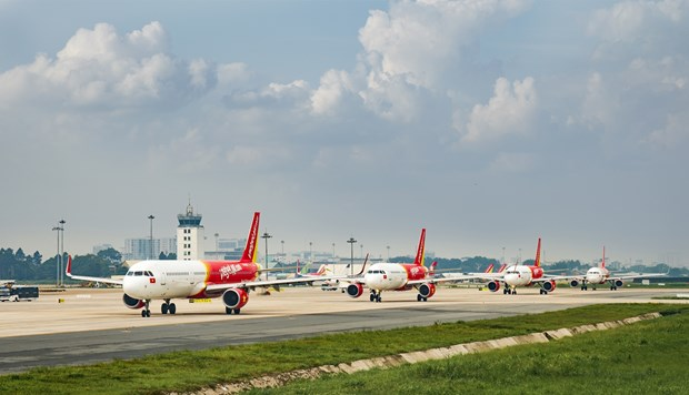 Vietjet Air resumes all domestic routes hinh anh 1