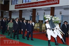 PM Nguyen Xuan Phuc attends state funeral of former Lao PM