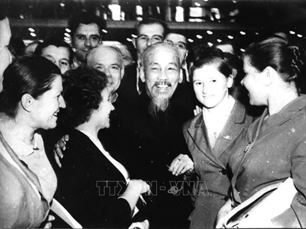 Russian people hold special sentiments toward President Ho Chi Minh hinh anh 1