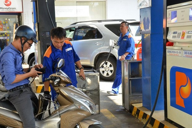 Controversy around abolishment on petrol price stabilisation fund hinh anh 1