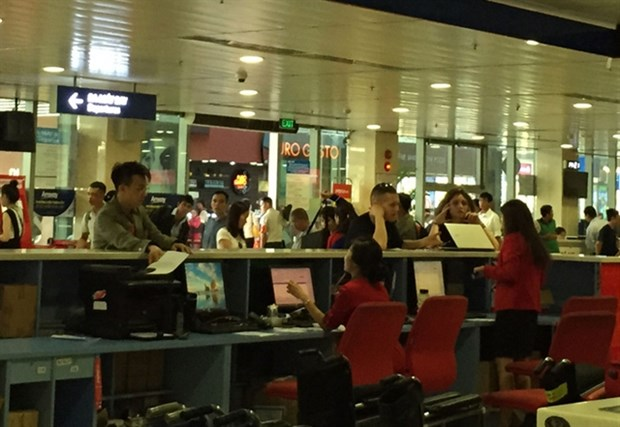 Local airlines hopeful of increased ceiling prices hinh anh 1