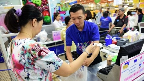 Pandemic delays chip card conversion plans hinh anh 1