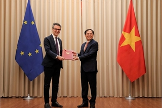 Vietnam notifies EU of its ratification of bilateral deals