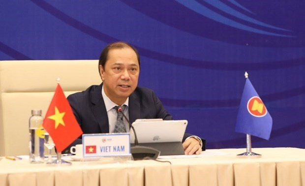 ASEAN, Chinese senior officials meet online hinh anh 1