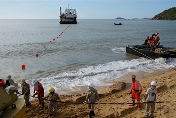 VNPT-invested undersea cable connected to Vietnam