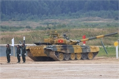 Vietnam's tank crew secures group's second place at Army Games