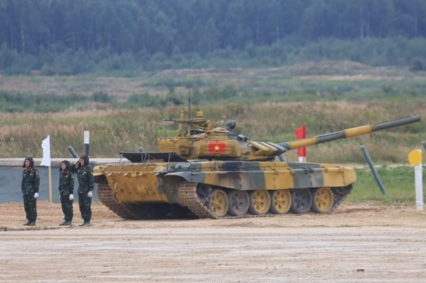 Vietnam's tank crew secures group's second place at Army Games hinh anh 1