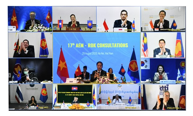 ASEAN, RoK ministers meet within framework of AEM-52 hinh anh 1