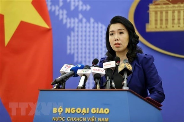All activities in Hoang Sa, Truong Sa without permission violate Vietnam's sovereignty: Spokeswoman hinh anh 1