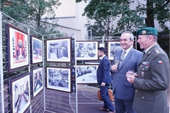 Photo exhibition spotlights Vietnam-Czech traditional relations