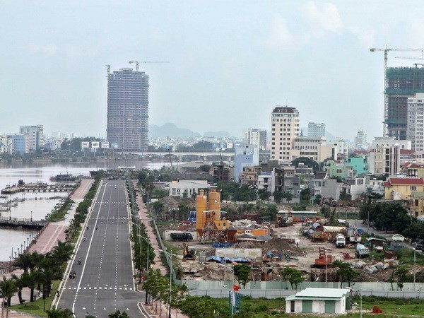 Da Nang to loosen social distancing from 0am on September 5 hinh anh 1