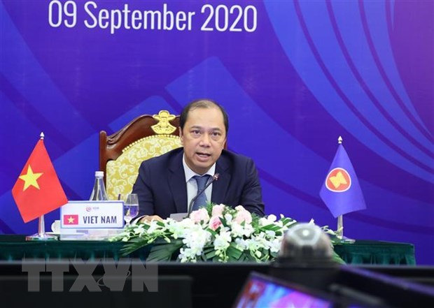 Joint Communique of AMM 53 acknowledges Vietnam's initiatives, proposals in 2020 hinh anh 1