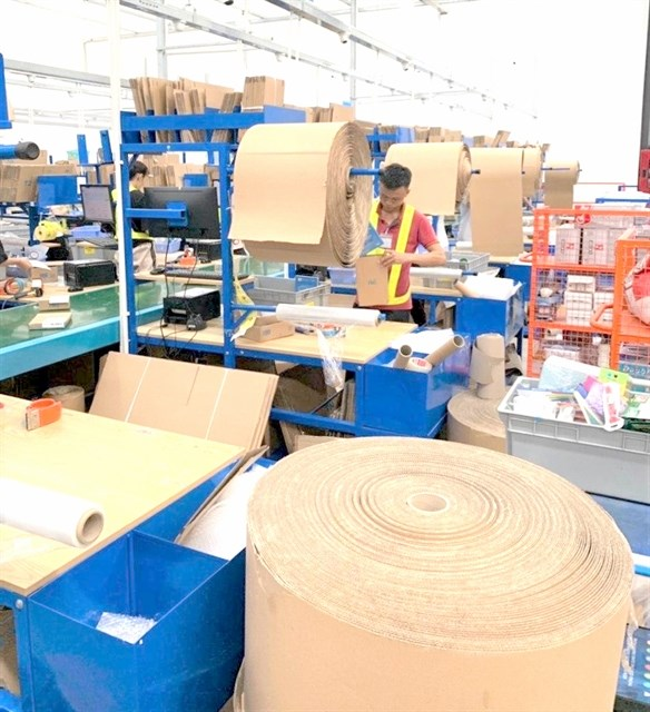 Leading companies take steps to reduce waste hinh anh 1