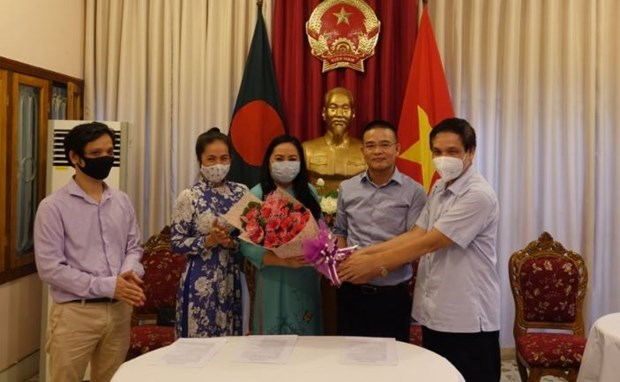 Liaison board for Vietnamese community in Bangladesh makes debut hinh anh 1