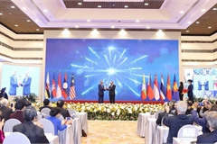 Foreign delegates commend outcome of 37th ASEAN Summit and Related Summits