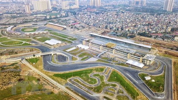 Vietnam still in negotiations on hosting F1 Grand Prix next year hinh anh 1