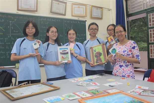 Effective teaching methods inspire students' creativity hinh anh 1