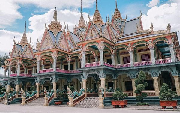 Som Rong Pagoda: the pearl of Soc Trang hinh anh 1