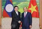 Vietnam, Laos sign 17 cooperation agreements at 43rd Inter-governmental Committee session
