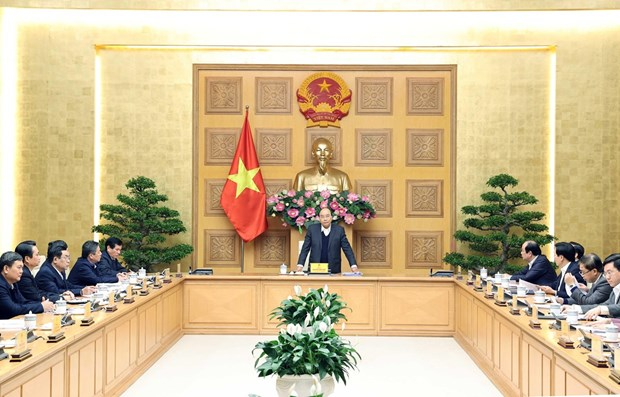 PM instructs ways to remove difficulties for localities to accelerate development hinh anh 1