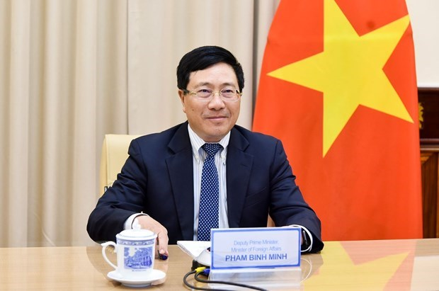 Diplomatic efforts affirm Vietnam's position in international arena amid COVID-19 hinh anh 1