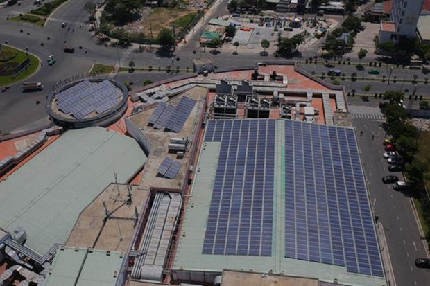Solar power capacity to be cut due to oversupply hinh anh 1