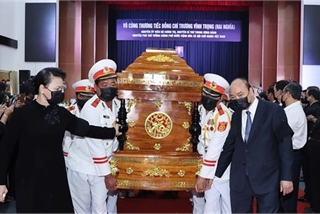 Memorial, burial ceremonies held for former Deputy PM Truong Vinh Trong