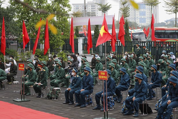 Young people set off for military service hinh anh 2
